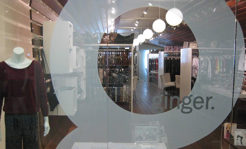 LA fashion showroom - Ginger Showroom showcase 2